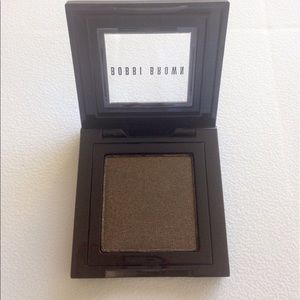 Bobbi Brown Other - Bobbi Brown Metallic Eye Shadow. Forest 6.