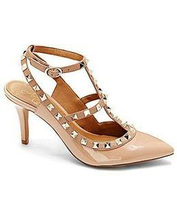 Arturo Chiang Shoes - NWOT Arturo Chiang Rockstuds Pumps
