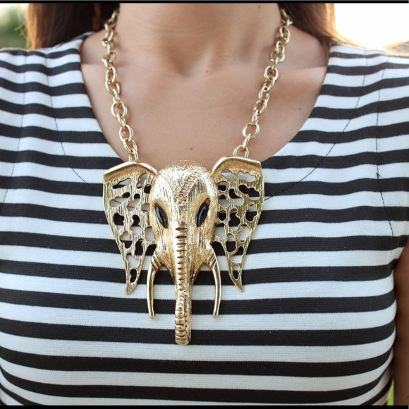Jewelry - Elephant statement necklace