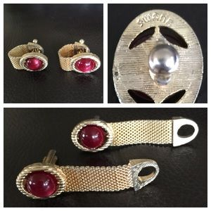 Swank Other - MENS🚨Vintage SWANK Red stone Goldtn Cuff Links