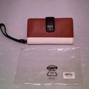 💙💙SOLD💙💙 Fossil Mallory Leather Wristlet NWT