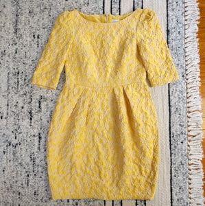 Carolina Herrera Dresses & Skirts - Carolina Herrera tea dress!! Size 6