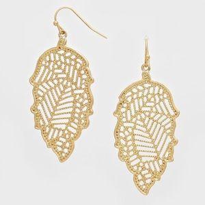 Farah Jewelry Jewelry - ⚡️Flash Sale⚡️Leaf Filligree Gorgeous Earrings
