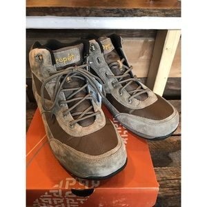 Propet Other - 🆕--Propet Leather Boots