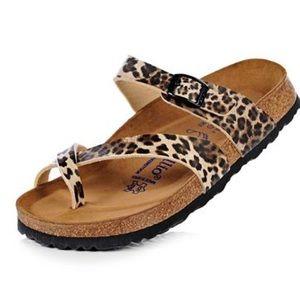 Leopard birkenstocks