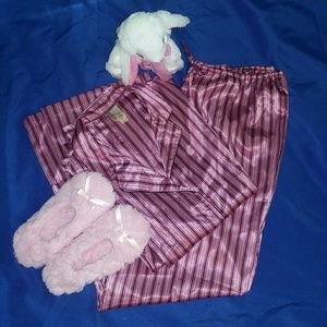 Ambrielle Other - Ambrielle 2 Peice Pajama Set Lightweight NWT