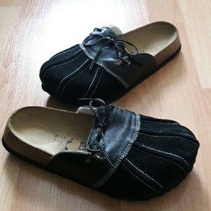 Birkenstock Shoes - Birkenstock slip on size 5