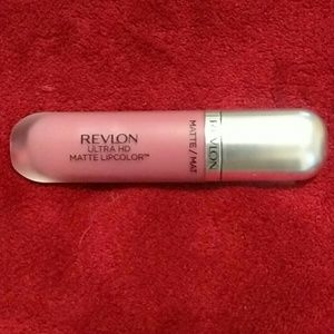 Revlon Other - Revlon matte lipcolor
