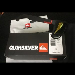 Quiksilver Other - New Quiksilver Sunglass set