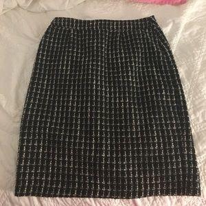Soft tweed like pencil skirt