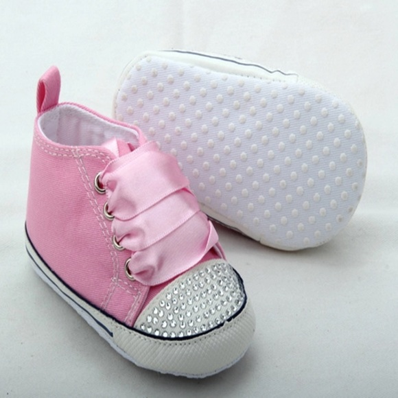 Baby Girl Bling converse shoes. M 58e8347778b31ceed70135df 2d883ddbf