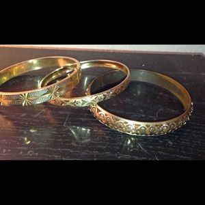 Jewelry - 3 vintage gold tone bangles