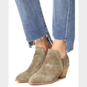 Sigerson Morrison Shoes - Singerson Morrison Bonnie Ankle Bootie