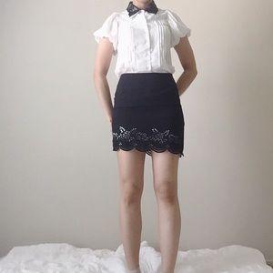 NEW black scalloped hem H skirt
