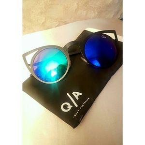 Quay Australia Accessories - NEW QUAY sunglasses