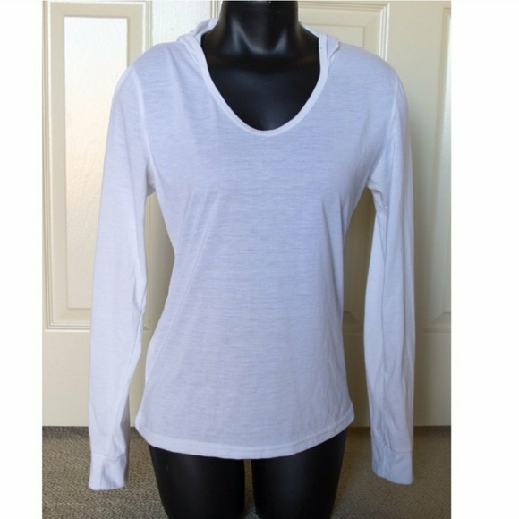 Boutique Shirts - White Longsleeve Shirt With Hood Round Neck XS