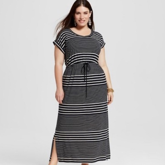 Ava & Viv Plus Size Black White Striped Maxi Dress NWT