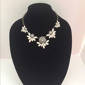 Ann Taylor Jewelry - Ann Taylor White/Ivory Bib necklace NWT