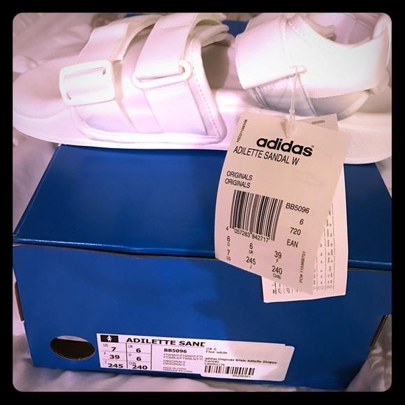 Adidas SandalwhiteUs Nwt Adilette Size 7 zMVpUS
