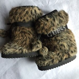 Guess Other - GUESS FAUX FUR BOOTS
