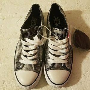 Gotta Flurt Shoes - Gotta Flurt