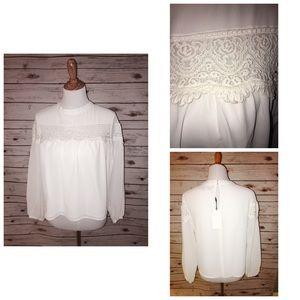 English Factory Tops - 🎀🎀NWT ENGLISH FACTORY Sz Medium White Lace Top🌼