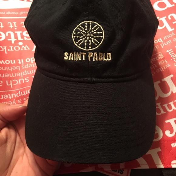 b903eb028e7 Saint Pablo Tour Hat! M 58e89f6c4127d0723702b093