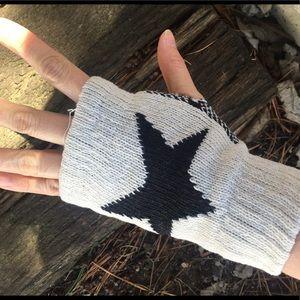 Accessories - Fingerless gloves, beige gloves, star gloves