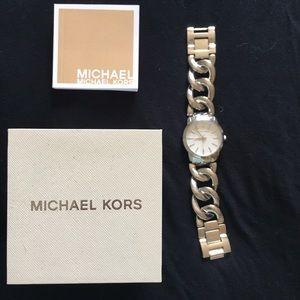 Silver Michael Kors Link watch