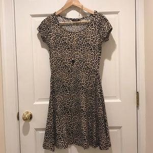 Dorothy Perkins Dresses & Skirts - Fit & Flare Leopard Print Dress
