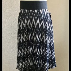 silhouette nyc Dresses & Skirts - New Woman's Silhouette Skirt, Size XL,