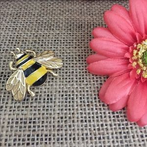 Jewelry - Black and Yellow Bee Pin