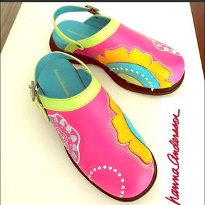 Hanna Andersson Other - NWOT Hanna Andersson Leather Clogs youth