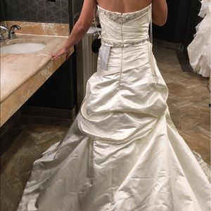 Kirstie Kelly Wedding Dresses C2202 Onyx