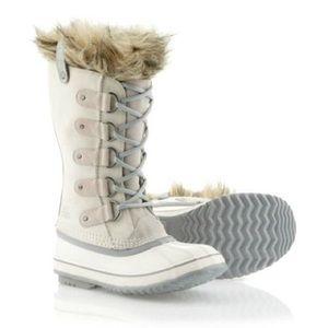 Sorel Shoes - White Sorels