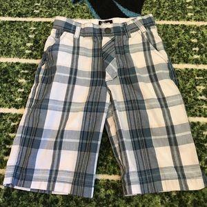 Micros Other - Boys plaid shorts size 6