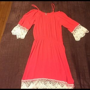 Dresses & Skirts - Bold shoulder, pink and lace cute summer dress