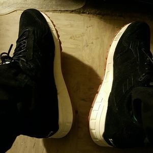 Saucony Other - *Sale* Saucony 5000 Shadow Black