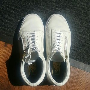 Vans size 6 leather