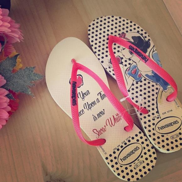 6b351268e Snow White Flip-Flops