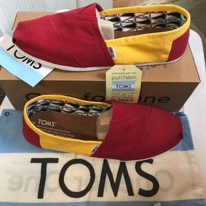 TOMS Other - NEW TOMS Classics RED and YELLOW Canvas USC Mens