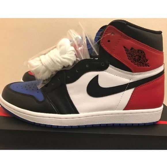 e558b01a871c2b Air Jordan 1