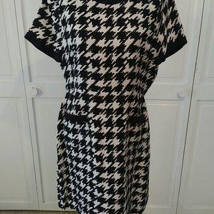 Kate Spade houndstooth print dress