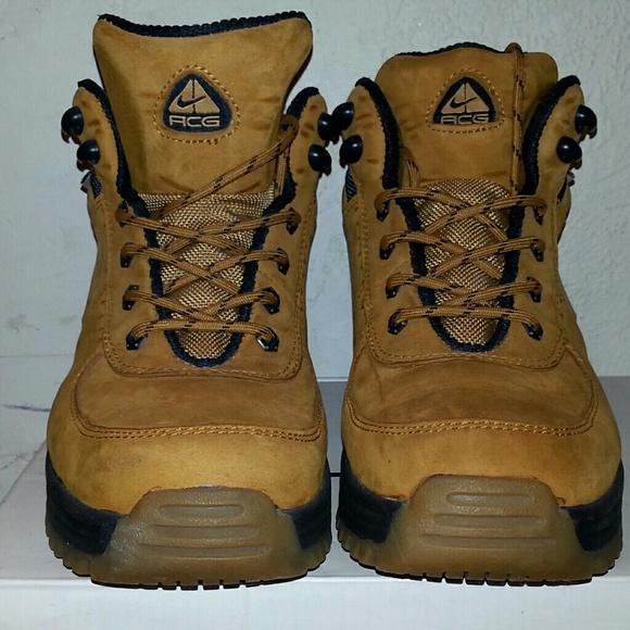 Nike ACG Boots (All Condition Gear). M 58e924e968027863f900fce0 9c3def000702