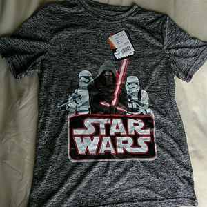 Tops - NWT Boys Star Wars shirt