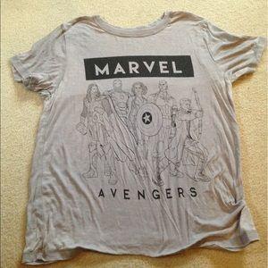 Marvel Tops - Marvel comics Avengers tee