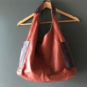 ellington Handbags - Ellington Genuine leather light purse