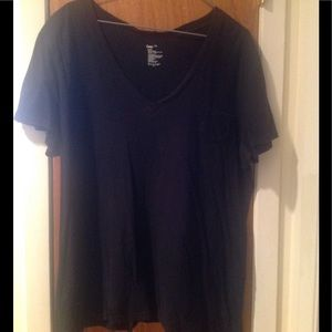 GAP Tops - GAP: Black V-Neck Pocket T-Shirt