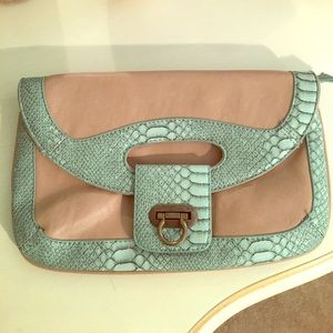 Handbags - Tan and aqua clutch.