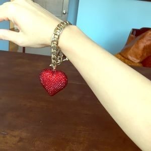 Jewelry - Heart gold link toggle bracelet